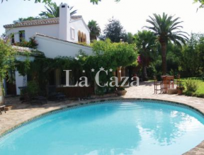 Beautiful large holiday home in Javea. Large enclosed garden with lots of privacy