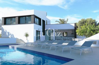 Fantastic modern villa with sea view and pool between Calpe and Moraira